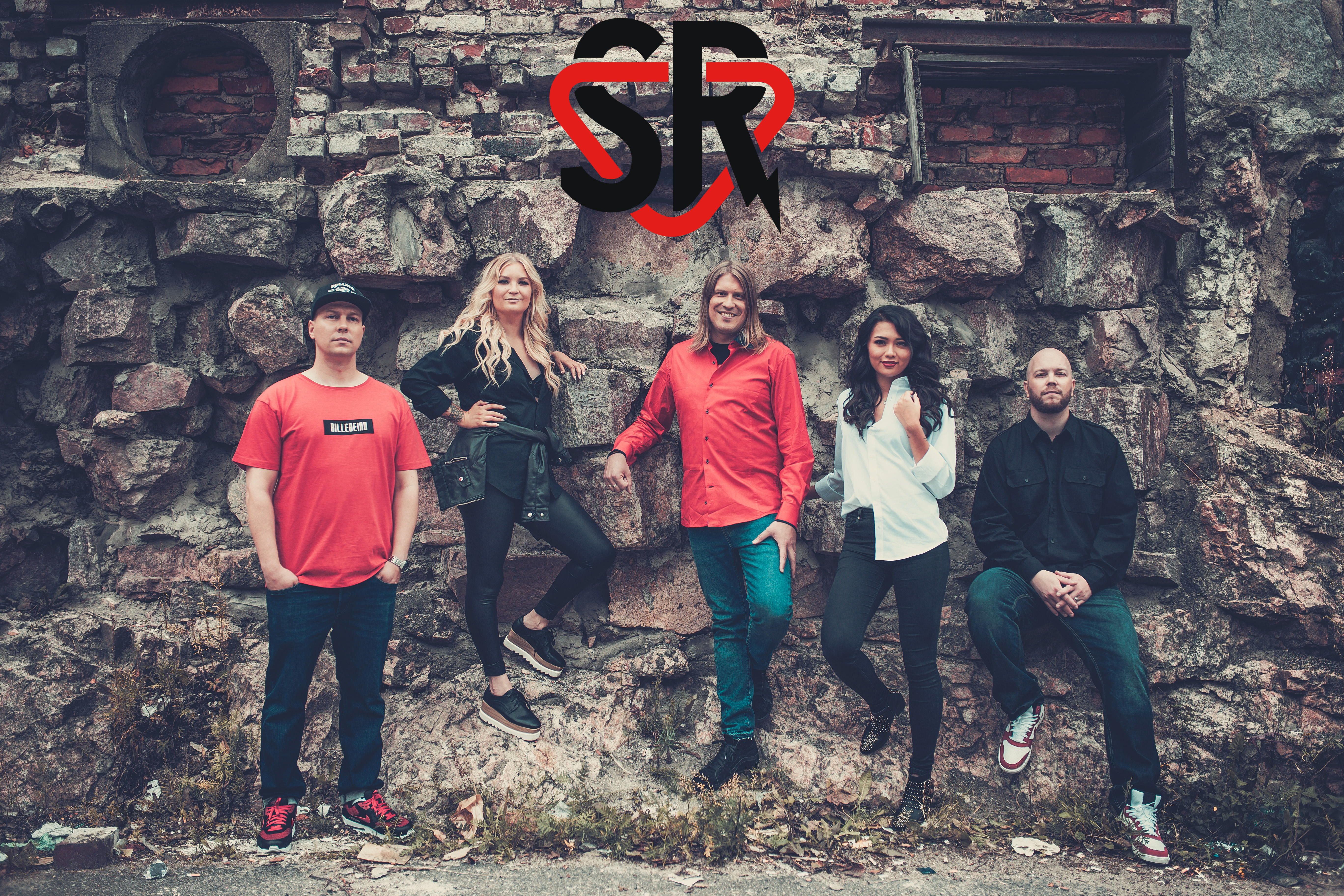 Kotimaisen rock-musiikin lipunkantaja SuomiRock uudistuu – Aamushow saa kolme huippujuontajaa